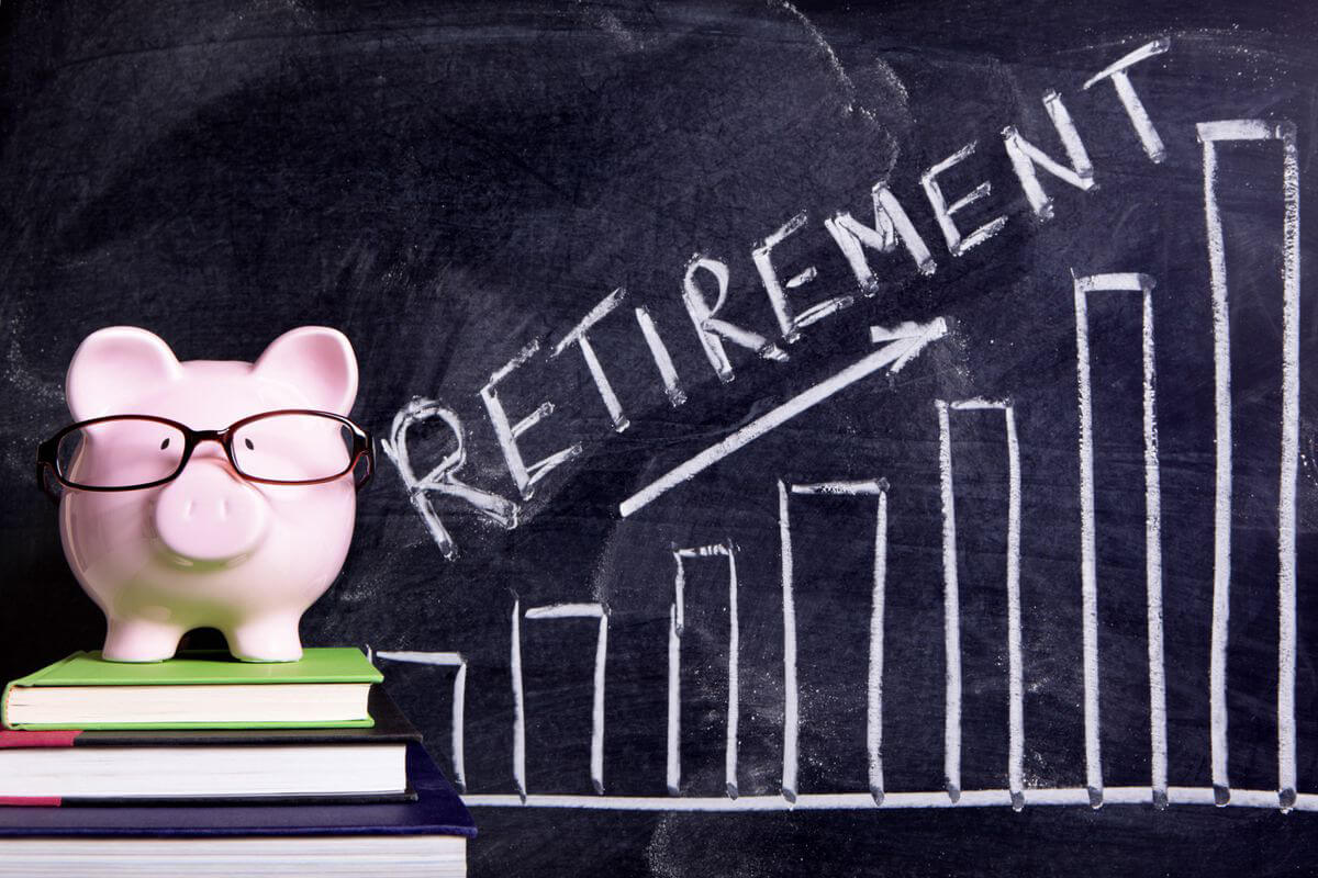 Did you know that you can apply for your CPP pension BEFORE you retire?
